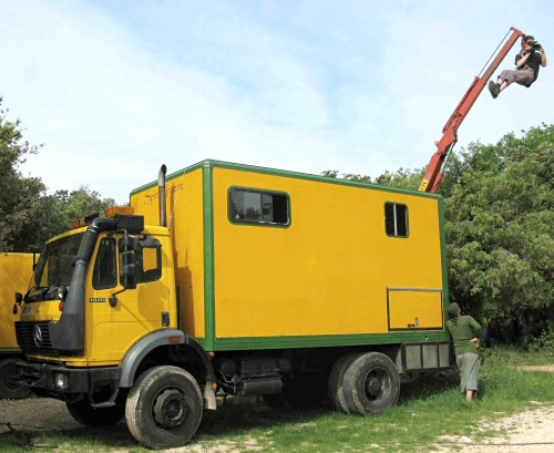 Mercedes 1820 4x4 Truck With 16 Ft Camper Box
